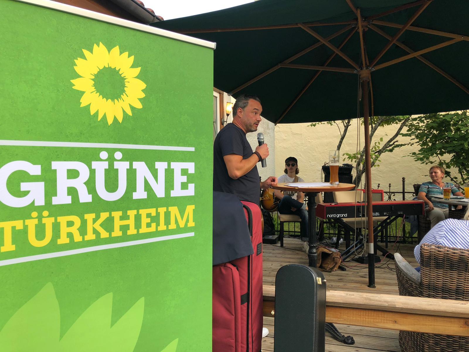Jazz meets Politics – Bundestagskandidat Daniel Pflügl diskutierte mit Andreas Krahl und Gästen in Türkheim